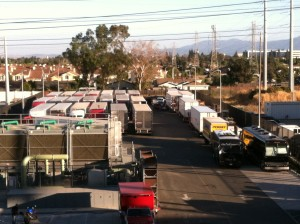 coldplay-crew-trucks