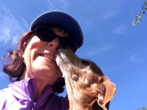 etcguy Leigh Anne Jasheway w licking dachshund